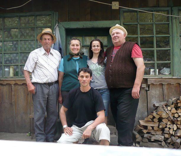 În vizită la o familie stingheră în Geamăna